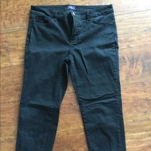 NYDJ Black ankle length denim.